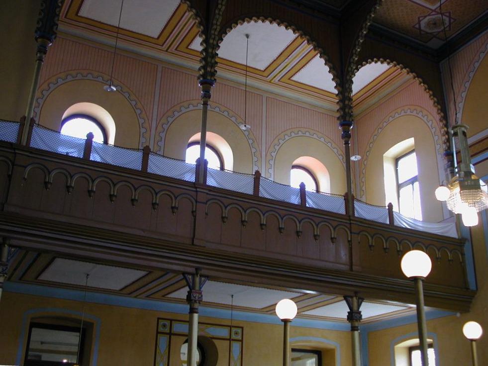 interior al Sinagogii Sefarde